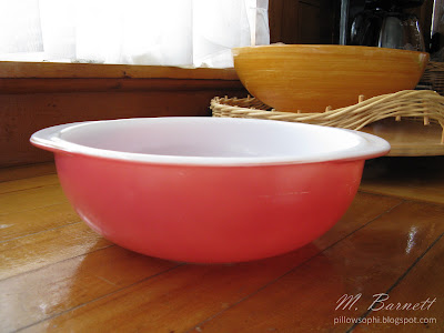 Pink Pyrex round casserole
