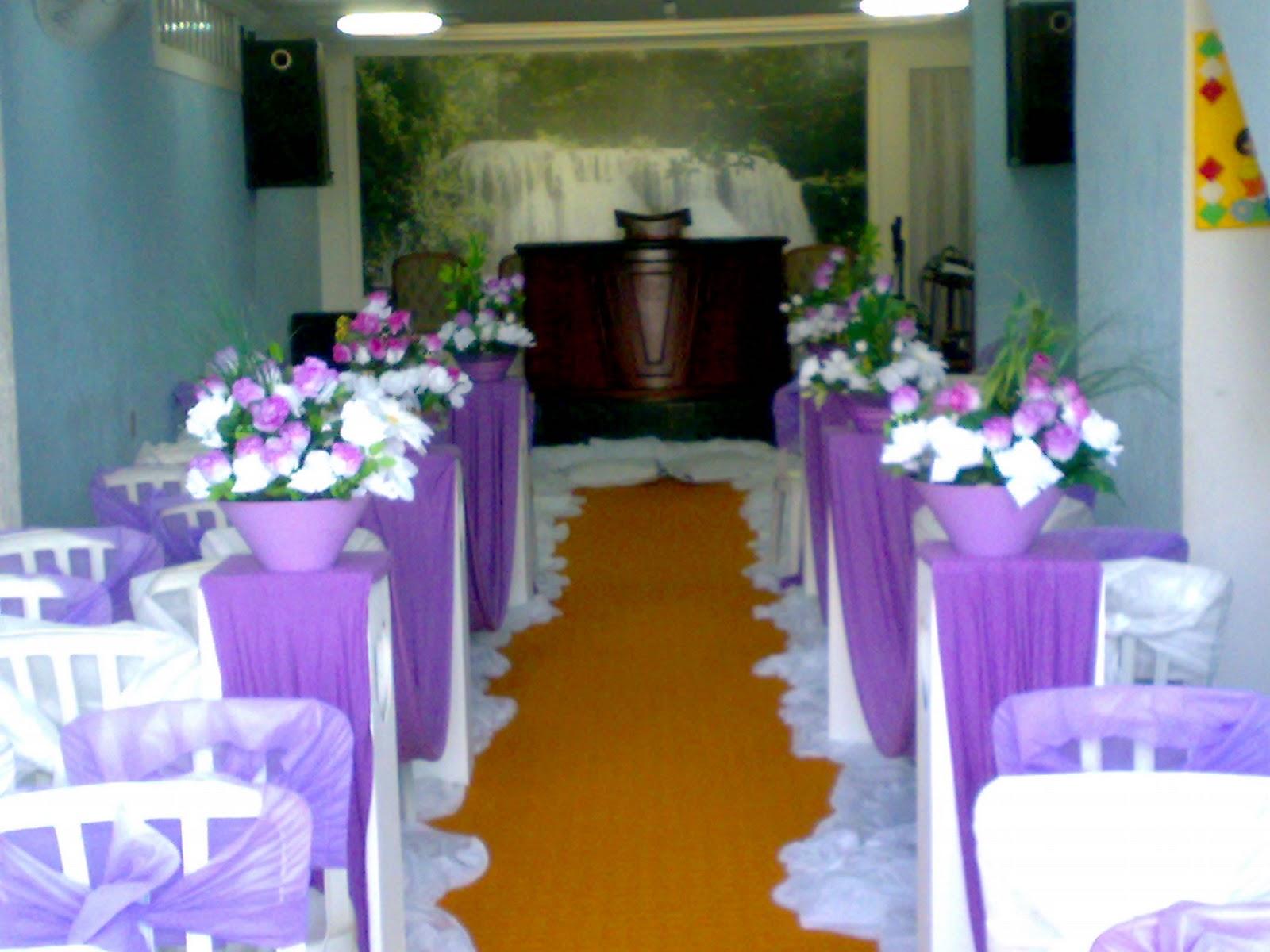 decoracao branco e lilas para casamento:deusa festas e decorações: decoração de casamento lilas com branco