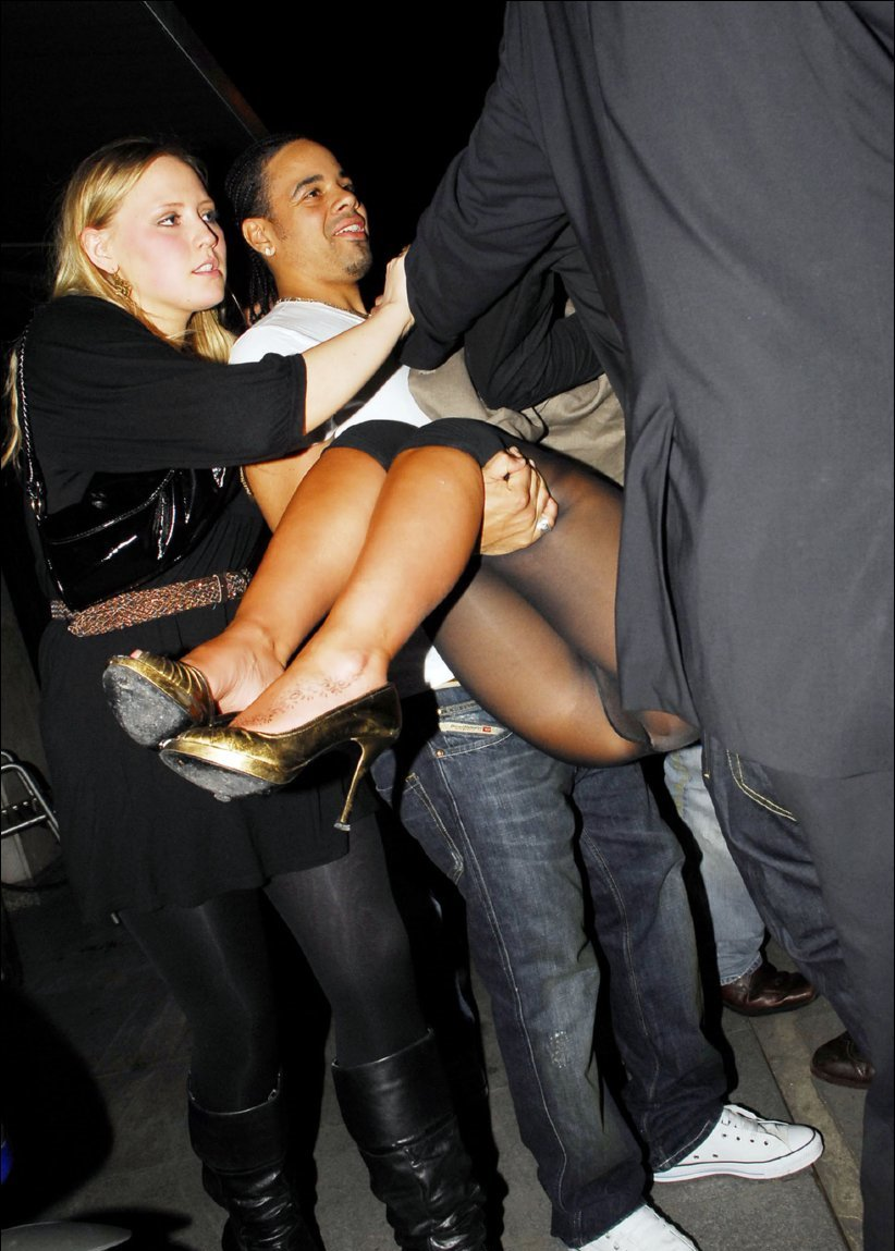 upskirt on stag pussy