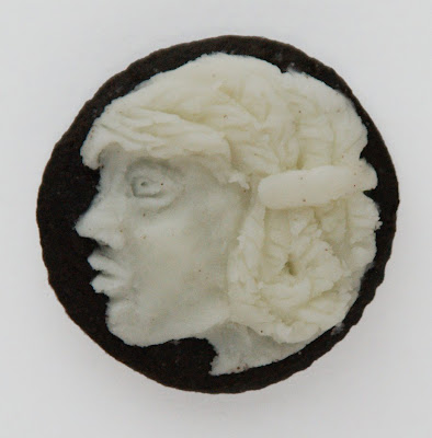 Oreo Cream Centers Carved Into Cameos Seen On www.coolpicturegallery.us