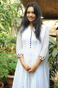 Actress Yamini photos at her TV Serial Launch-thumbnail-5