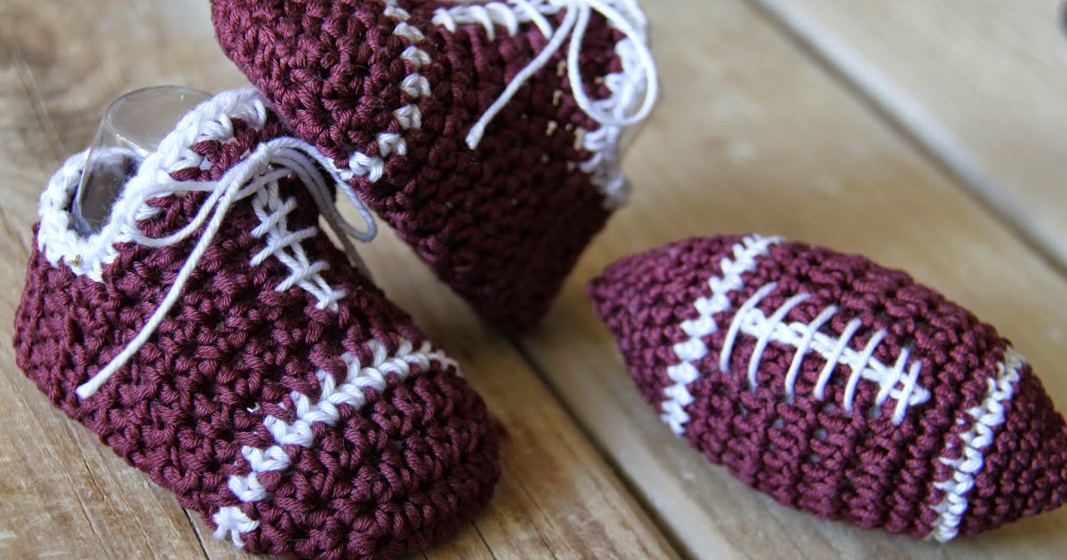 Jack Russell Amigurumi Free Pattern : Crochet Brio: Baby boy crochet sneakers and football ...