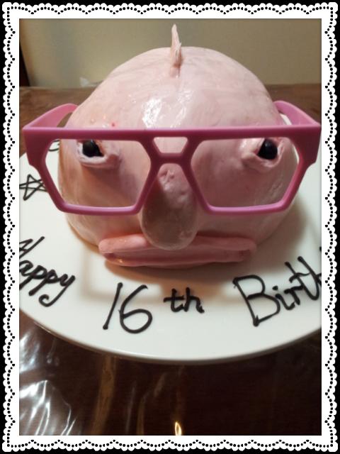 Margs Kitchen: BLOB fish Birthday cake.