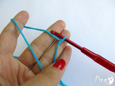 Slip Knot - step by step instruction by Pingo - The Pink Penguin