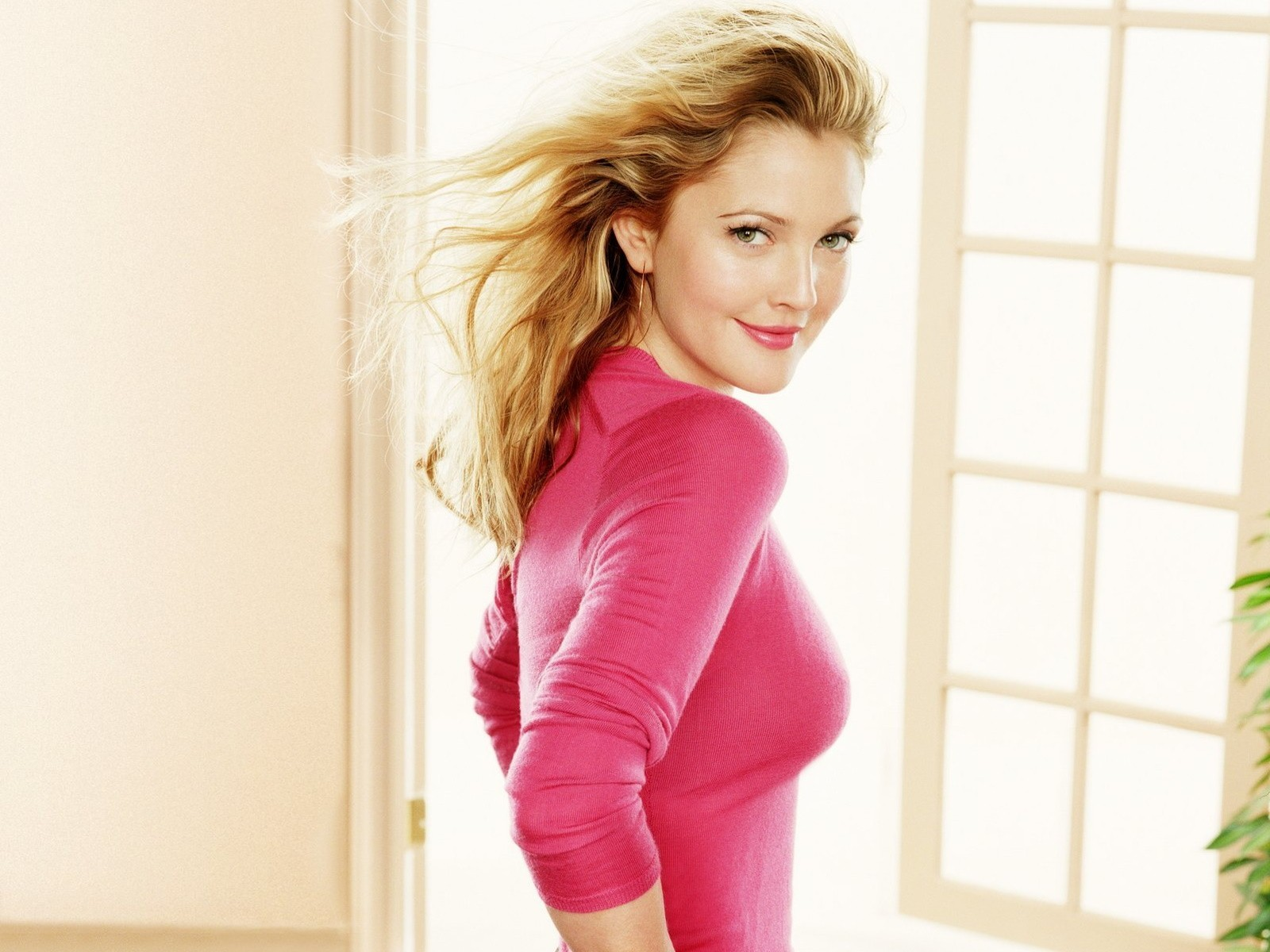 Drew Barrymore Wallpapers for Desktop