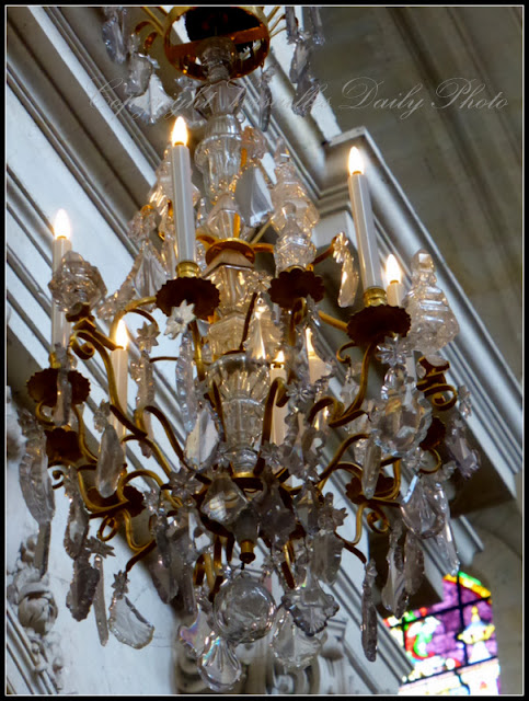 Chandelier Cathédrale Saint Louis Versailles