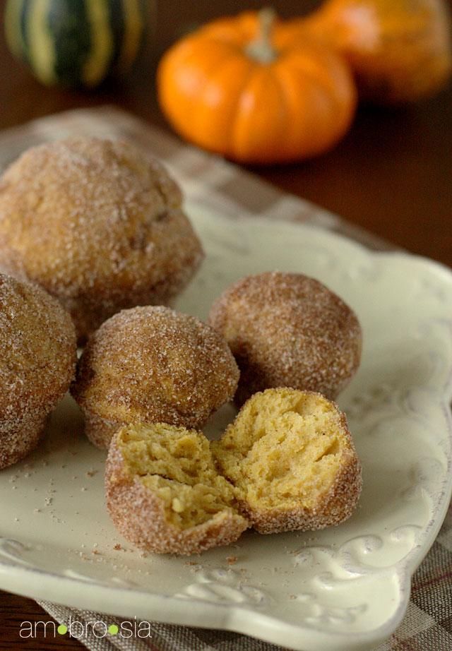 ambrosia: Miniature Pumpkin Doughnut Muffins