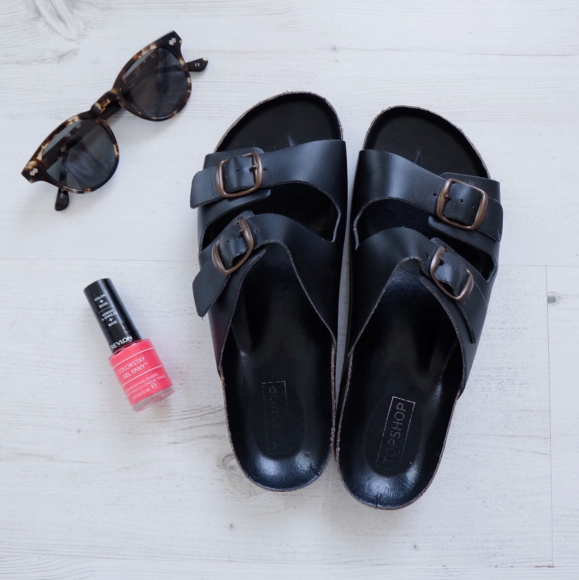 Topshop Double Heights Sandals, London Retro 'Reggie' Glasses, Flatlay