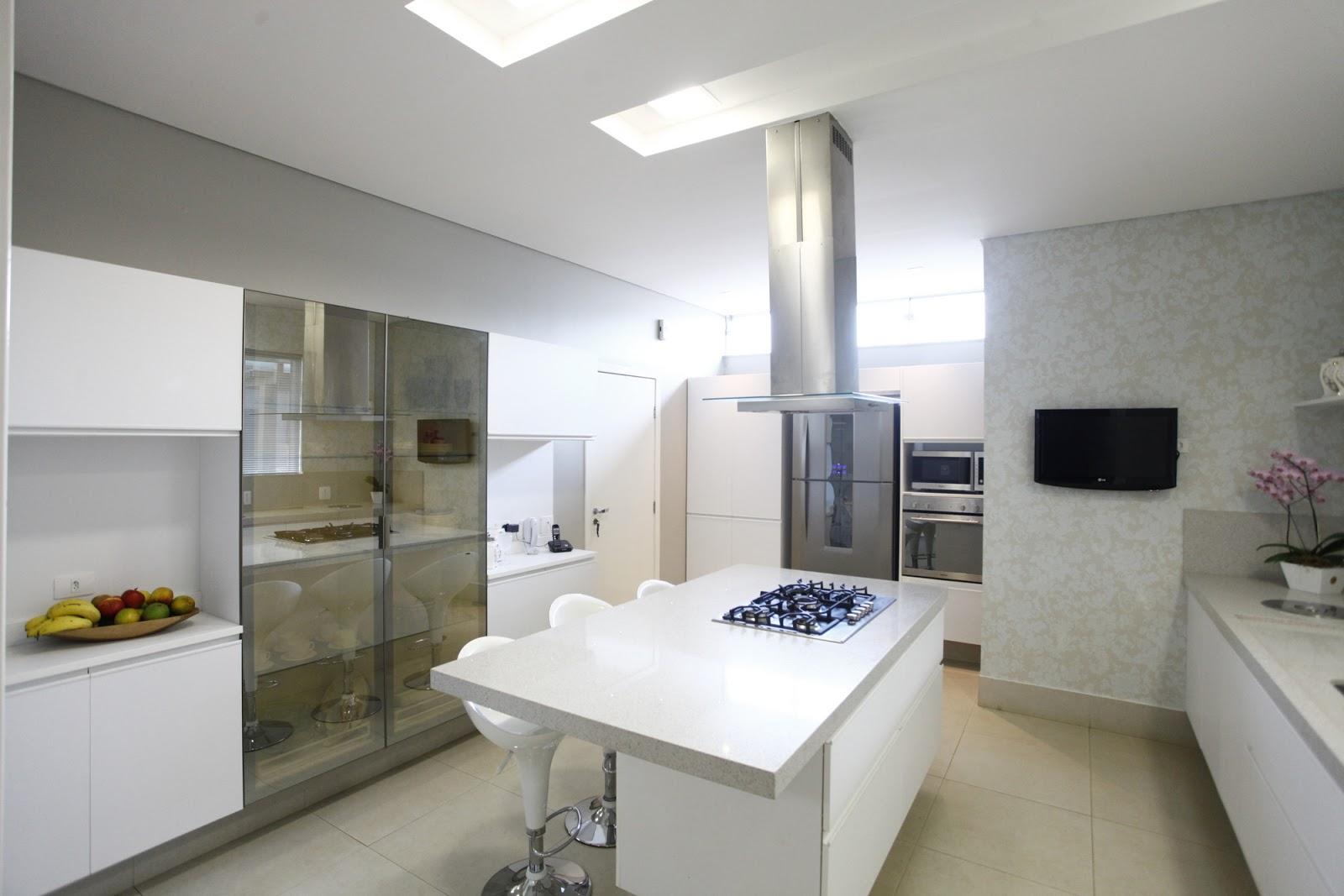 cozinha americana bancada de marmore #5A4F3D 1600 1067