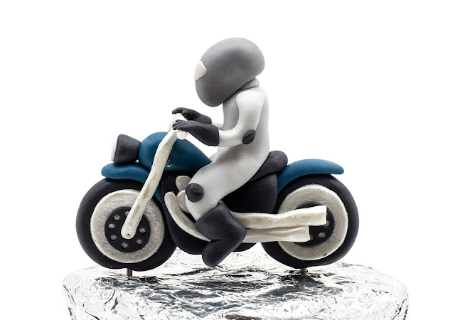 Biker Motor bike fondant topper side shot