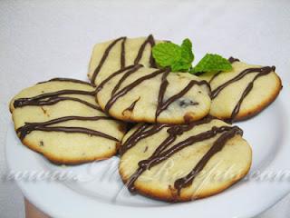 Творожное печенье с шоколадом