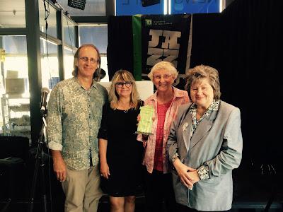 (L-R): Barry Hillman, Bonita Hunter-Eastwood accept the award on behalf of the Museum.