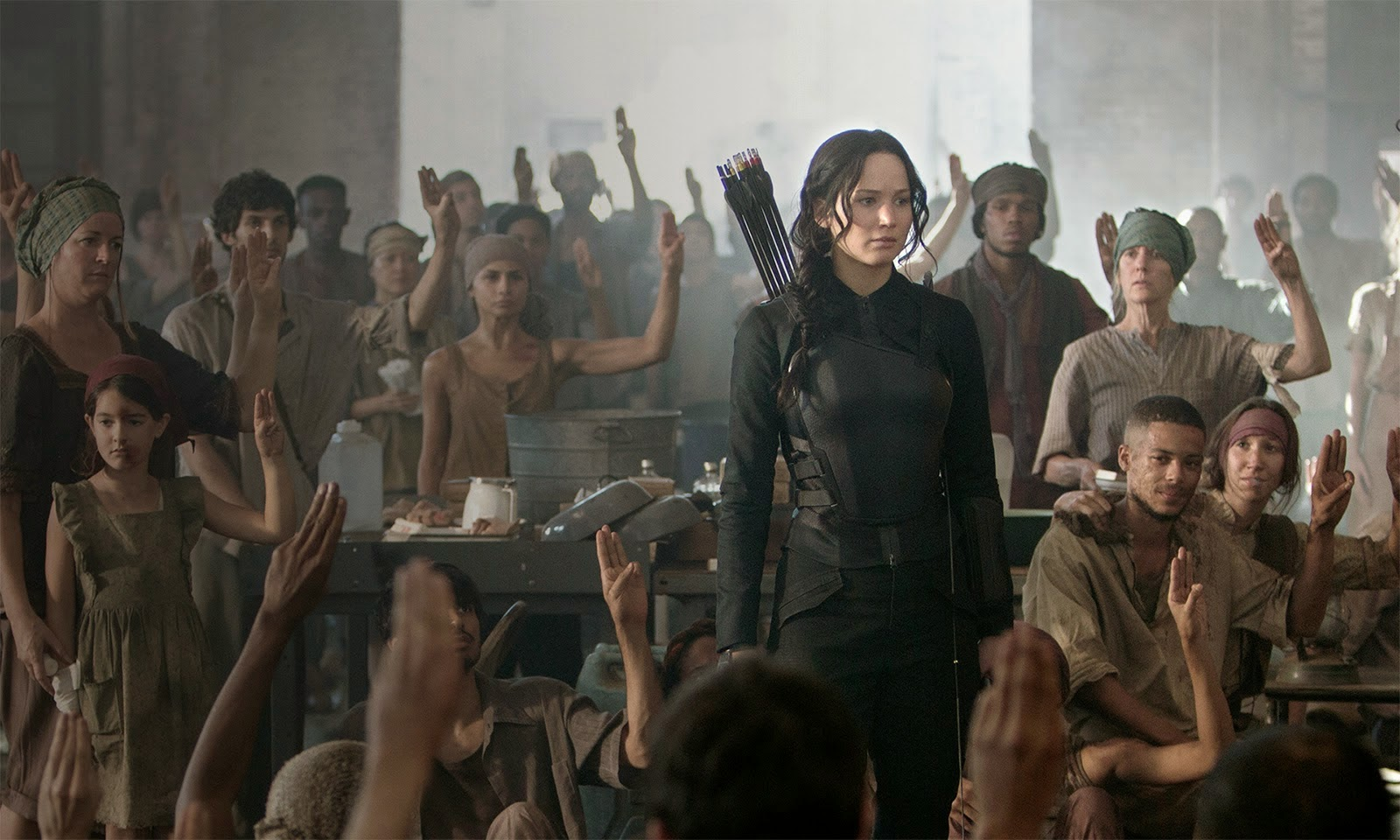 NEWS: 'The Hunger Games: Mockingjay Part 1' tracking to Open to $150 Million in North America