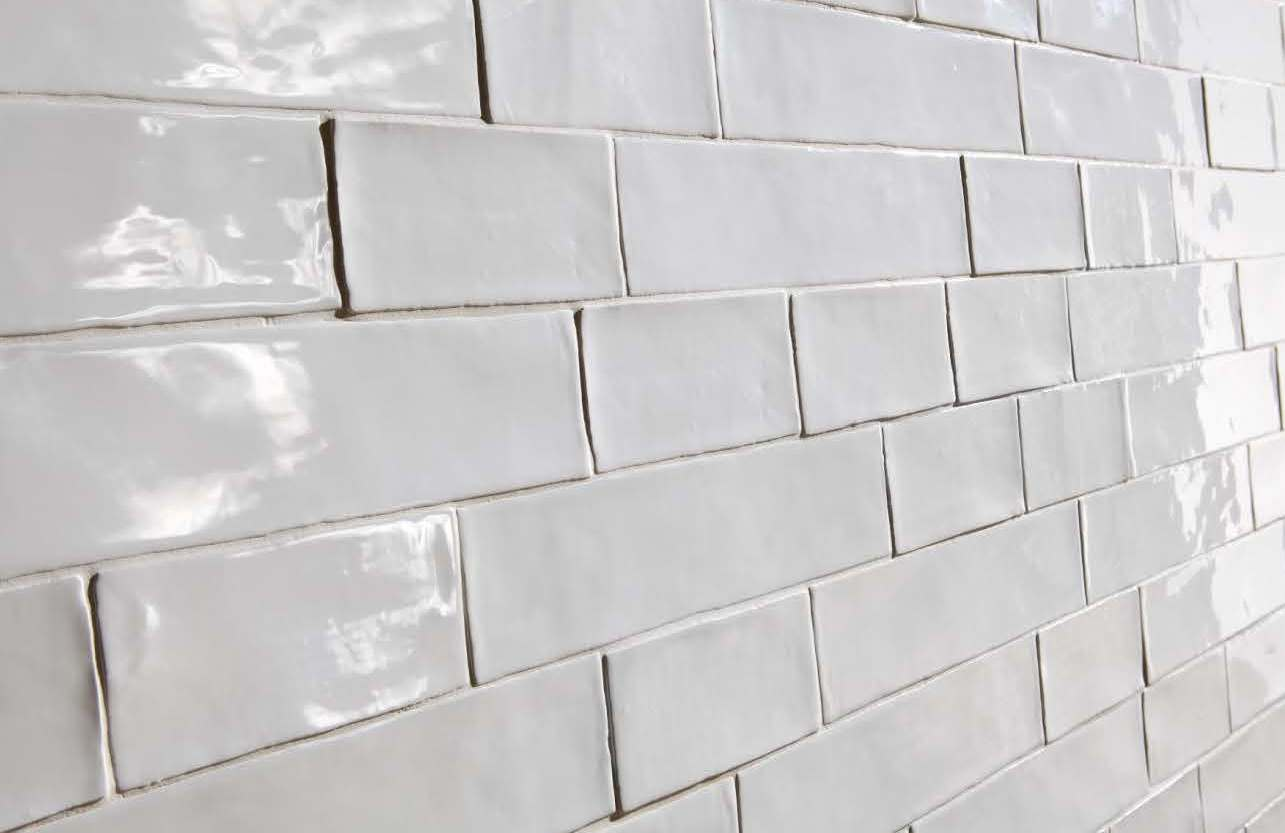 Trends in bathroom wall and floor tiles sydney for Images of subway tile