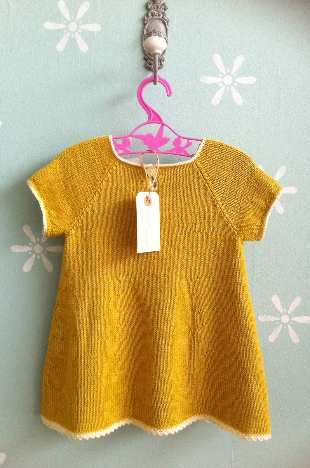 Knitting Pattern For A Baby Dress : erleperle: peachy dress