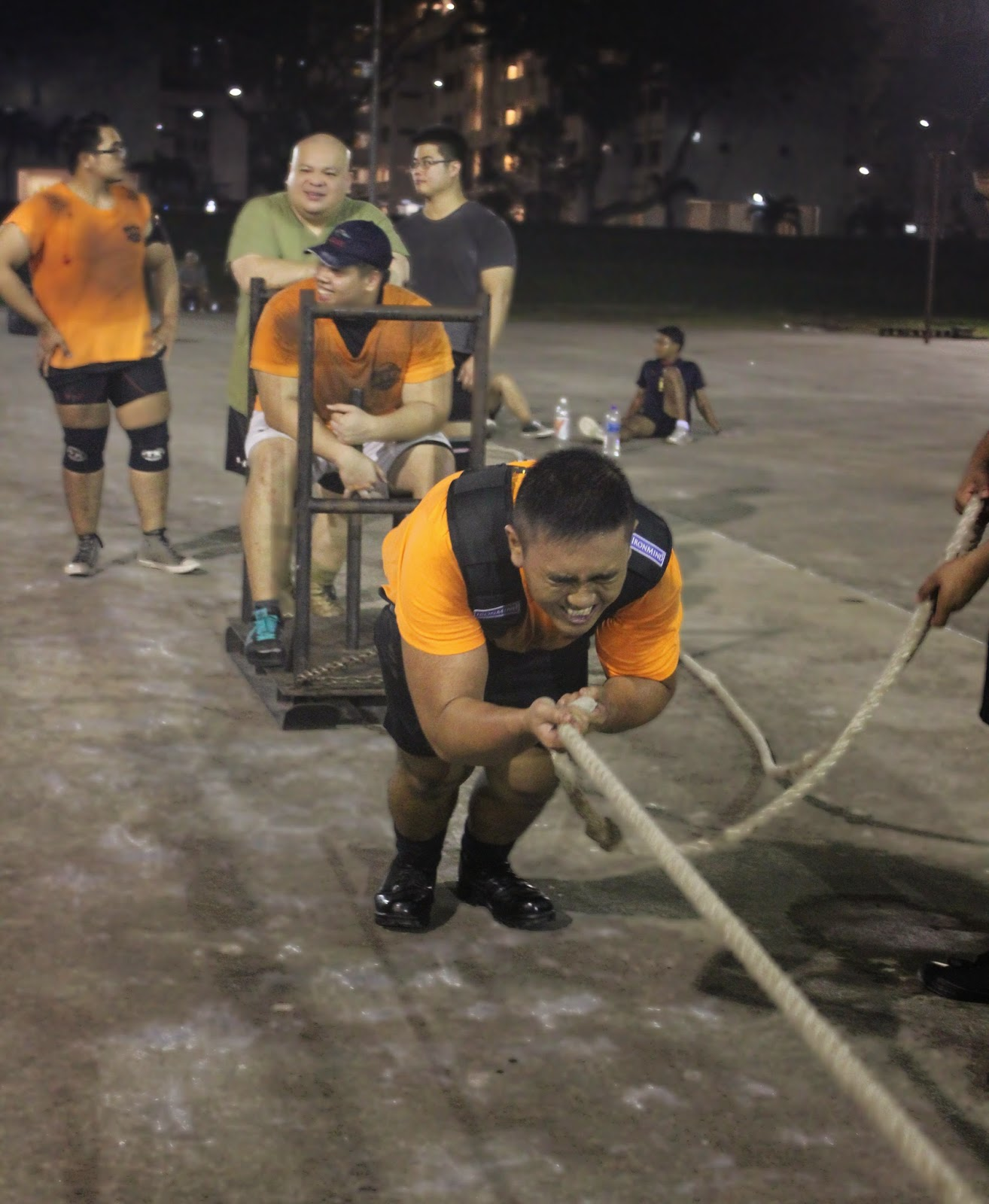 SG Titans is a strongman community in Singapore, the group does implements like tyre flips and farmer's walk at Woodlands Megacourt
