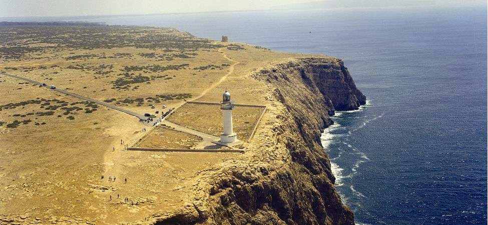 El faro del Cabo de Barbaria en Formentera, Islas Baleares