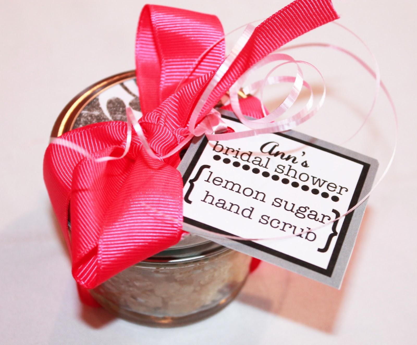 girlsgonefood: DIY Bridal Shower Decorations
