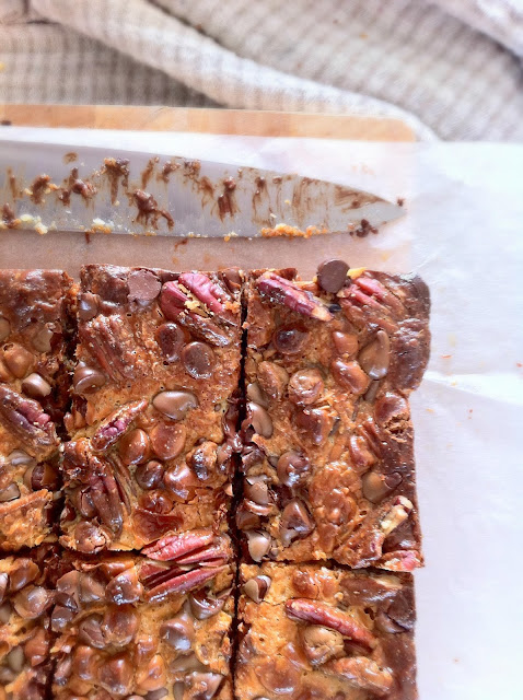 These choc pecan caramel bars make the perfect treat, they're a ...