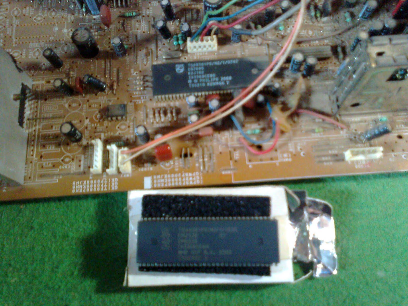 contoh kerusakan tv dengan lampu power/stanby mati