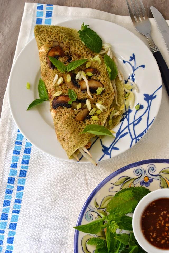 Vietnam -- Crispy Rice & Mung bean Pancakes (Bánh Xèo)