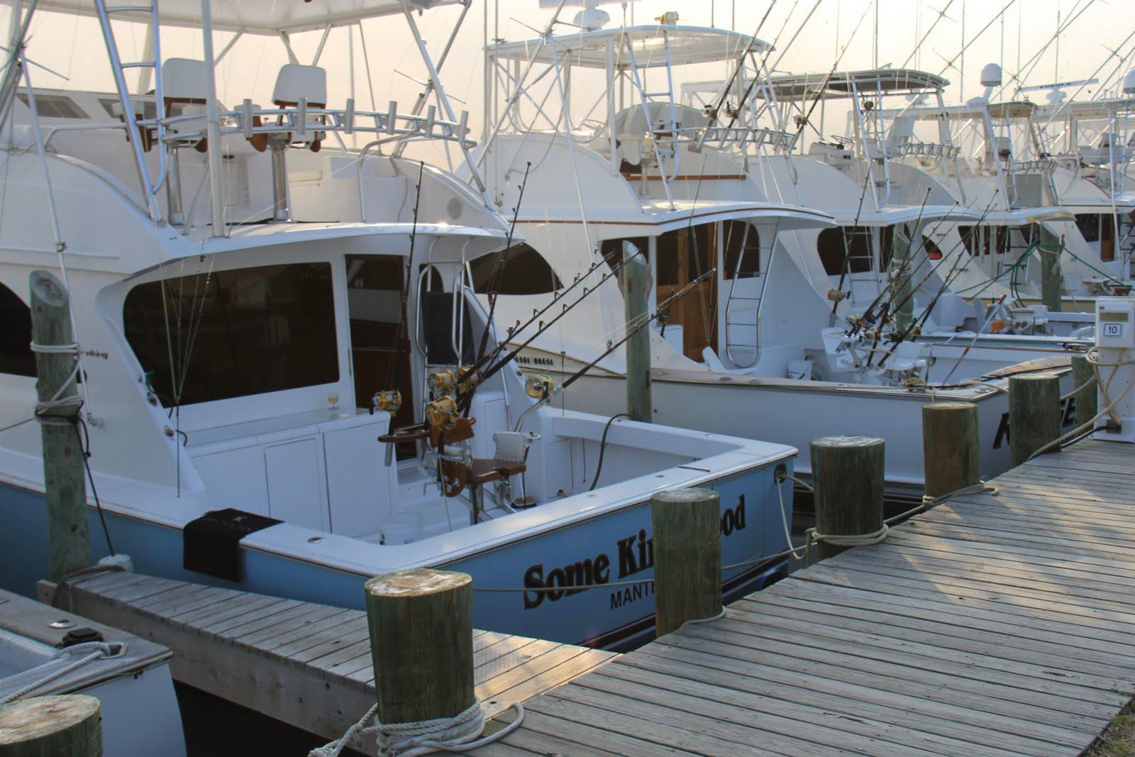 Chuck 39 s sea wind sky chronicles windsurfing cape for Charter fishing boats long island