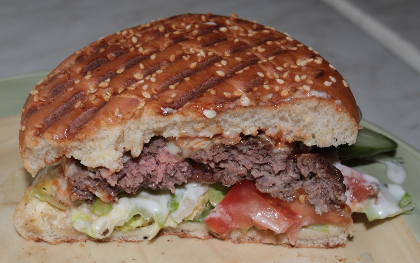 Black Bens Burgerguide Terrassens Cheeseburger