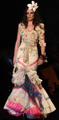 trajes de flamenca Aurora Gaviño