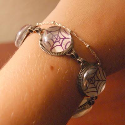 halloween jewelry: spiderweb bracelet tutorial