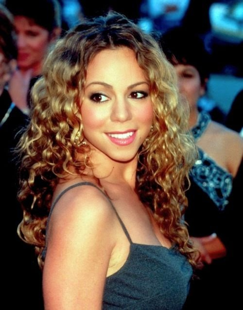 Mariah Carey curly hair With Oval Face