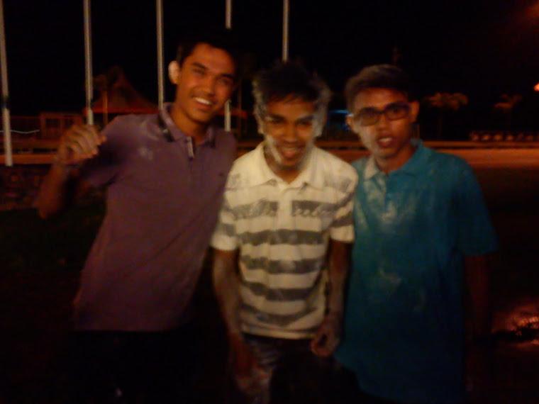 aku dan kawan :)