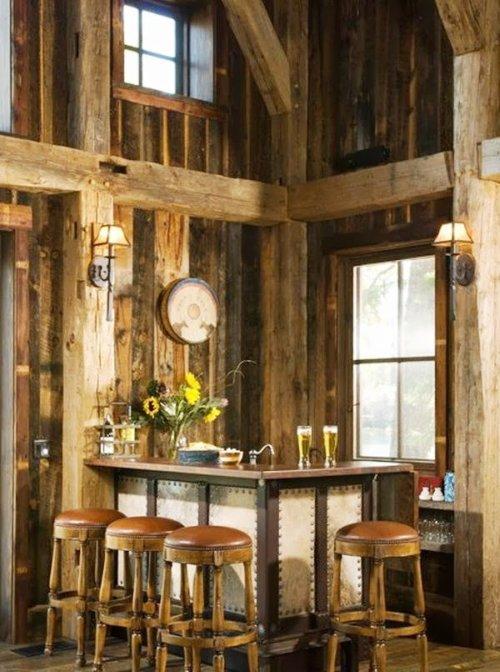 Inspiracion a la hora de montar un bar en casa decoraci n for Mobiliario rustico para bares