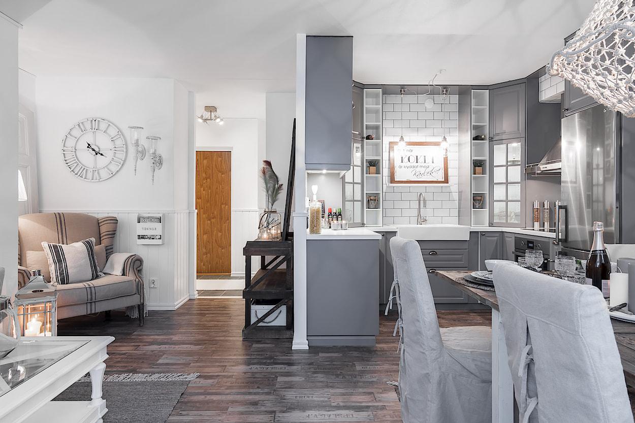 Arredare piccoli spazi una meraviglia shabby chic in 49 for Arredare piccoli appartamenti