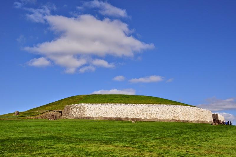 Irland 2014 - Vorspann | Das Hügelgrab von Newgrange
