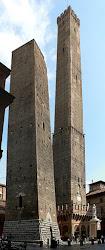 Las 2 Torres de Bolonia