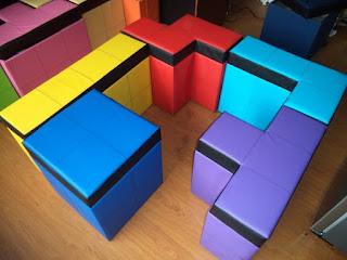 Bancos para tu casa en forma de piezas de Tetris
