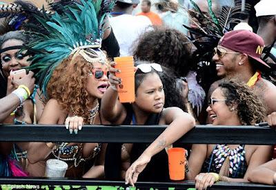 Rihanna & Lewis Hamilton cosy up at Barbados festival  2B1693E000000578-3184348-image-a-57_1438681906144