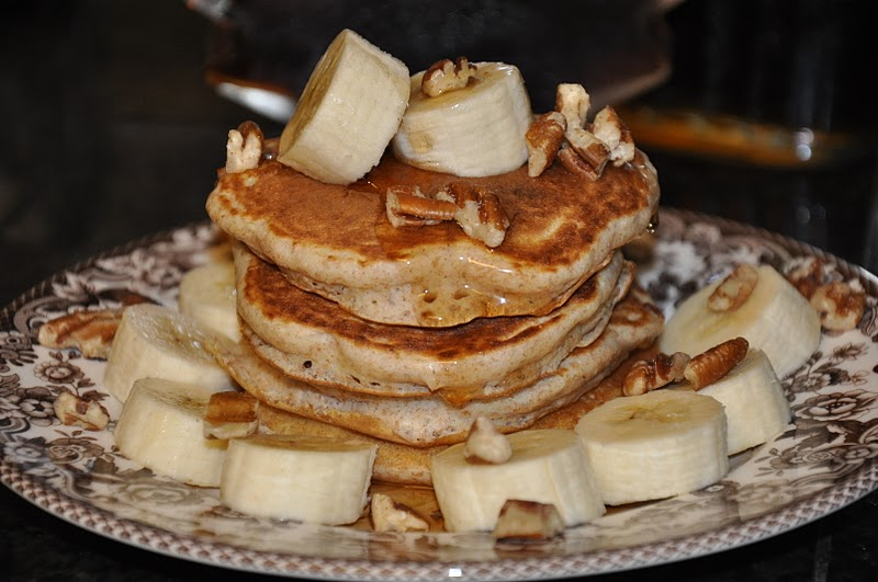 Elizabeth Ann's Recipe Box: Buttermilk Banana Pecan Pancakes