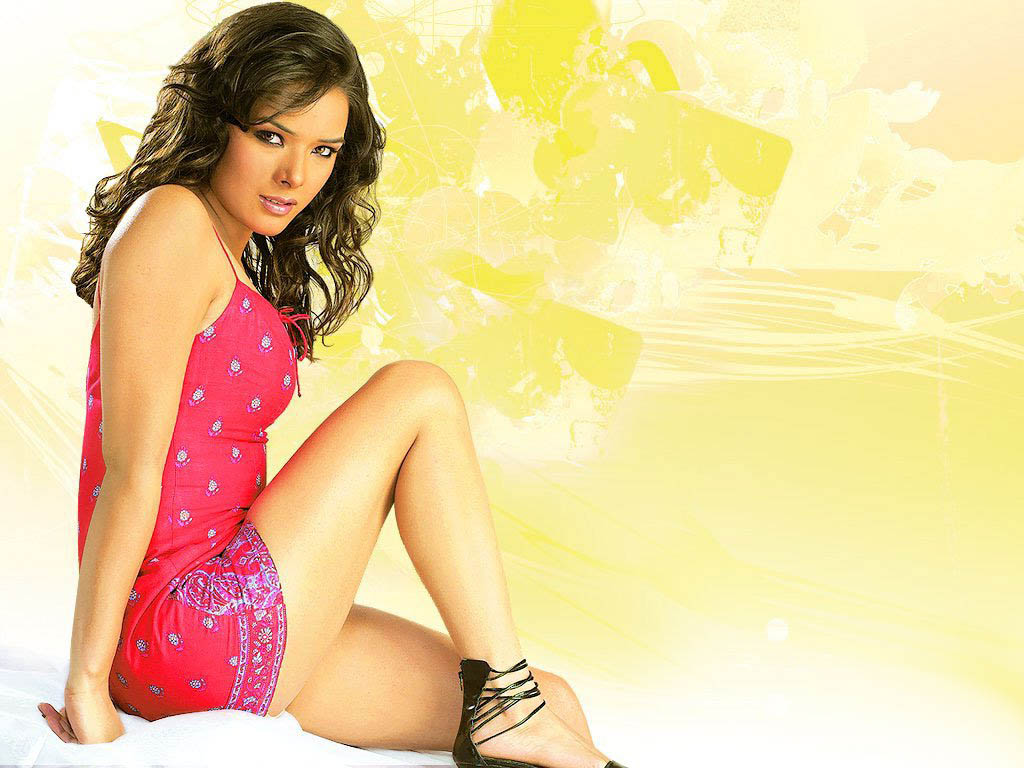 udita goswami hot sizzling wallpaper