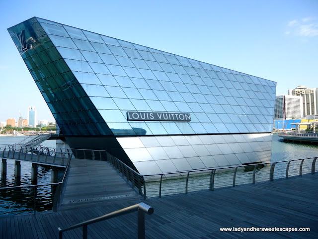 Louis Vuitton-Island Maison