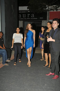 Actress Kiara Advani Pictures in Blue Dress at Fabula Rasa Show Room Launch  10.JPG