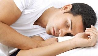 Posisi Tidur Pria Tentukan Kepribadian