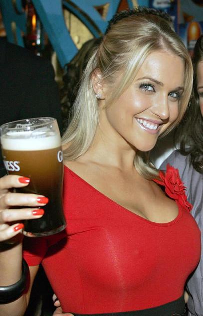 image: hotchick_beer32