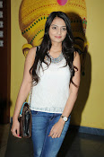 Nikita Narayan latest stills-thumbnail-15