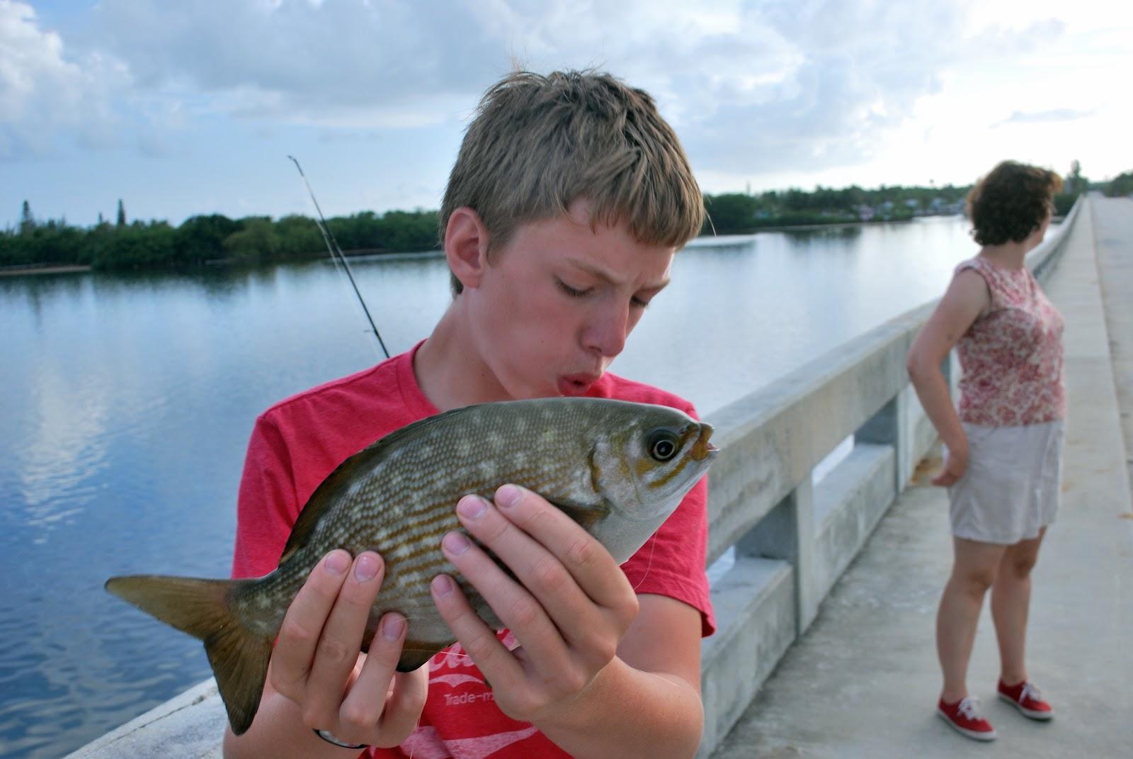 Litton 39 s fishing lines florida keys bridge fishing for Florida keys fishing
