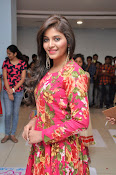 anjali latest glamorous photo gallery-thumbnail-9