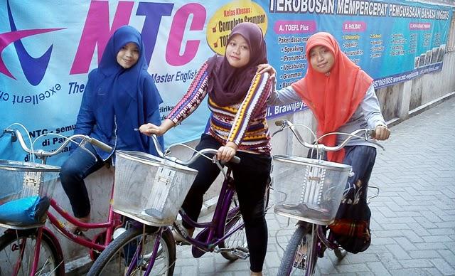 Kelebihan Belajar Bahasa Inggris Di Kampung Bahasa Pare Kediri