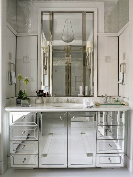 Bbhome by agnieszka pudlik meble lustrzane blaski i cienie for Bathroom vanity with mirror doors