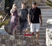 kate hudson pregnant second child in photo picture gallery