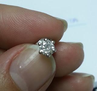 Pendiente diamante talla brillante